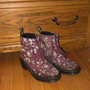 Dr. Martens Flower Boots W Small Heel